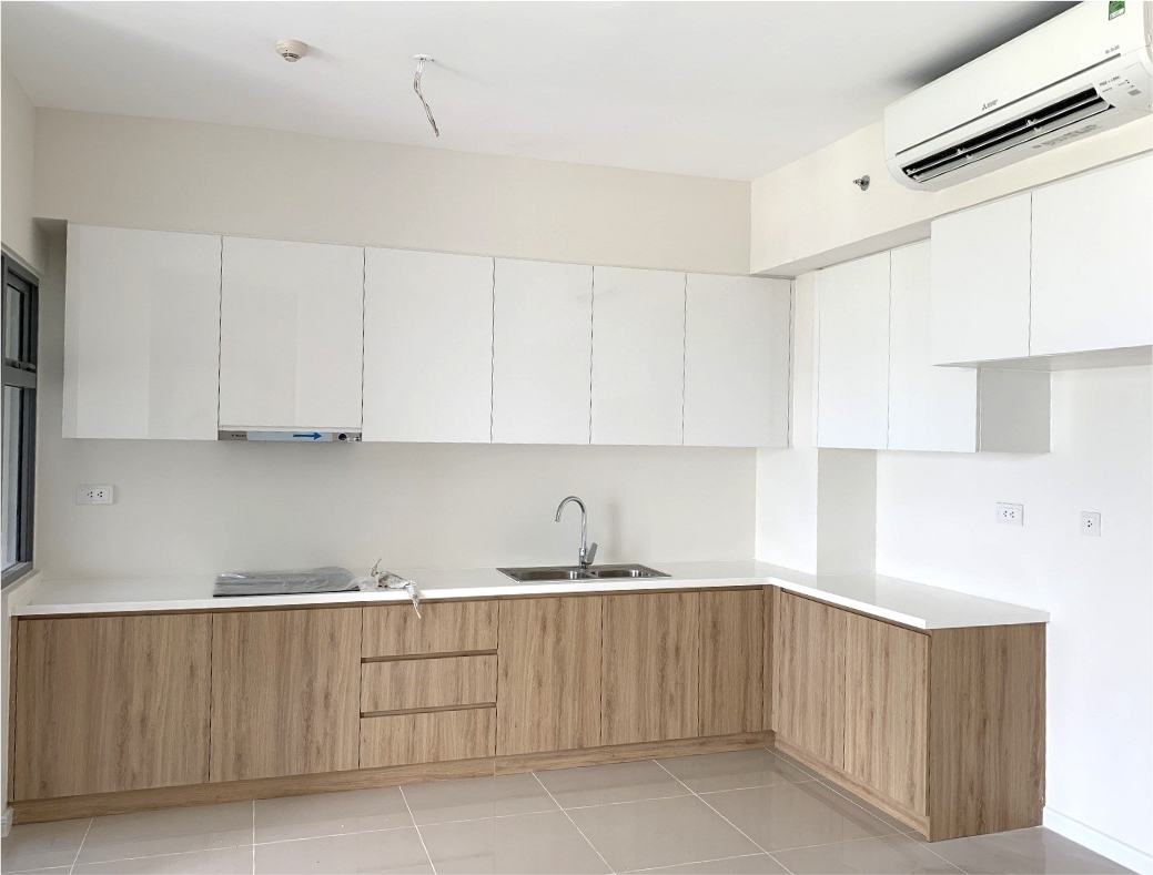 Fitted apartment kitchen with appliances